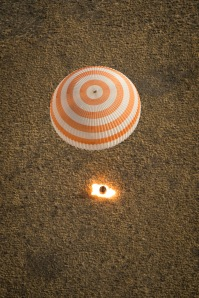 Expedition 36 Soyuz TMA-08M Landing